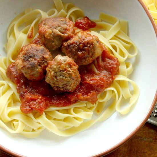 Pork and beef meatballs, flavoured with lemon and chilli in a tomato & marsala sauce