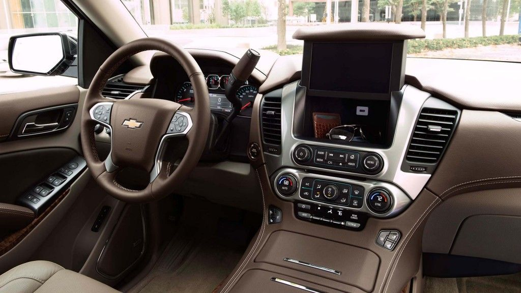 8-inch touchscreen in the 2016 Chevrolet Suburban Large ...