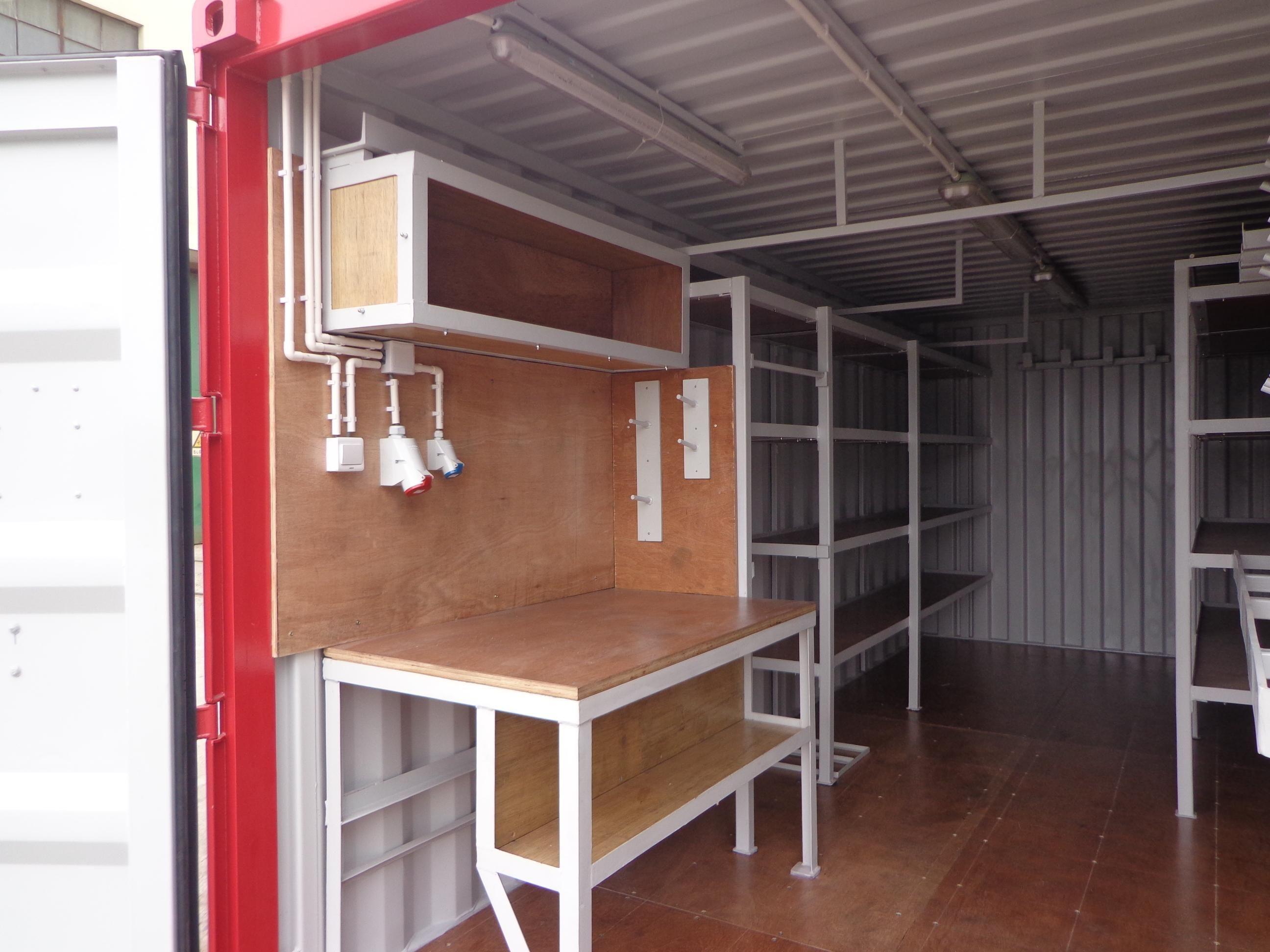 werkstattcontainer neucontainer gebrauchtcontainer spezialcontainer hamburg container. Black Bedroom Furniture Sets. Home Design Ideas