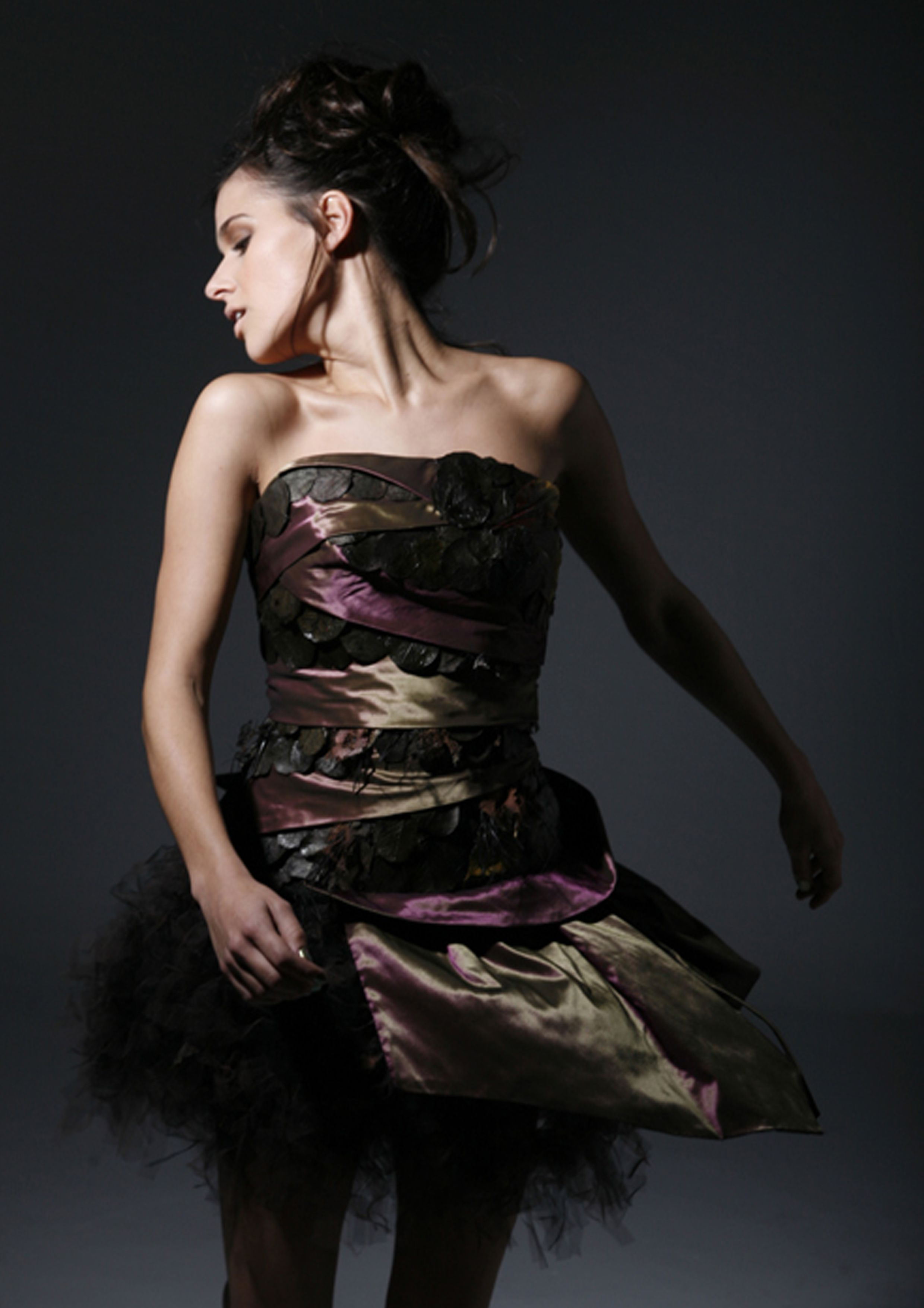 Vestido de fiesta diseñado por Salva Sanleón.