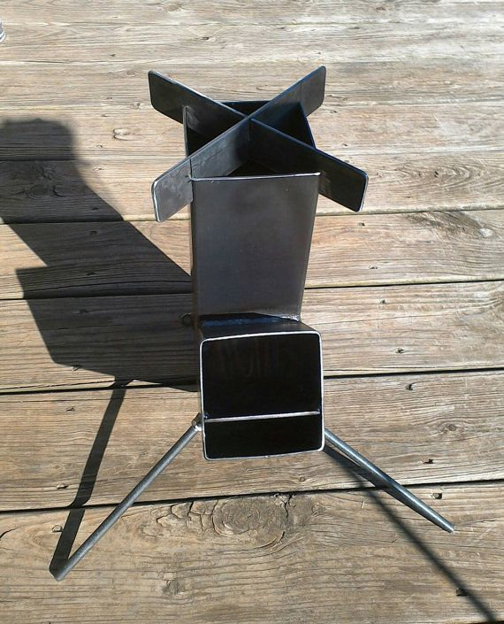 wood burning rocket stove self alimentation design par