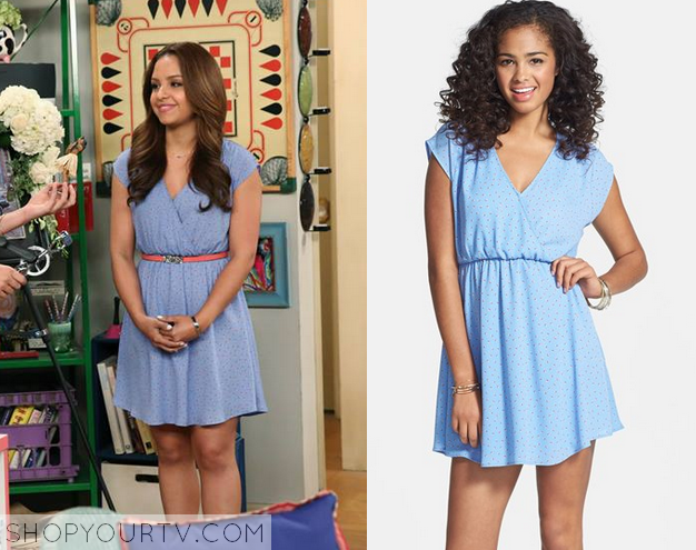 4f278ae5ec6bb7 Sofia Rodriguez (Aimee Carrero) wears this blue print wrap front dress in  this week's episode of Young and Hungry. It is the [...]