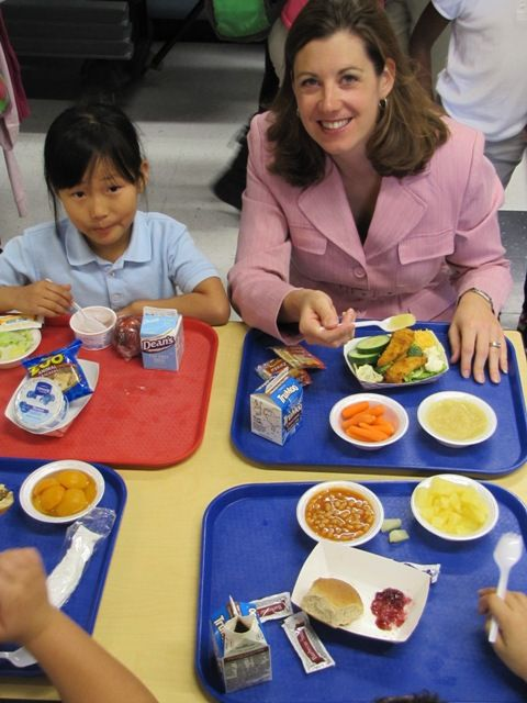 Great Idea During Mentoring Meals Mondays In Cincinnati Public Schools Staff And Teachers Eat School Healthy Travel Snacks School Cafeteria Healthy School