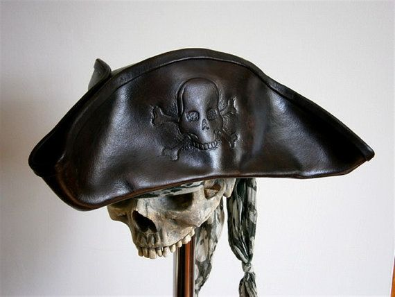 Skull and crossbones leather cavalier pirate hat