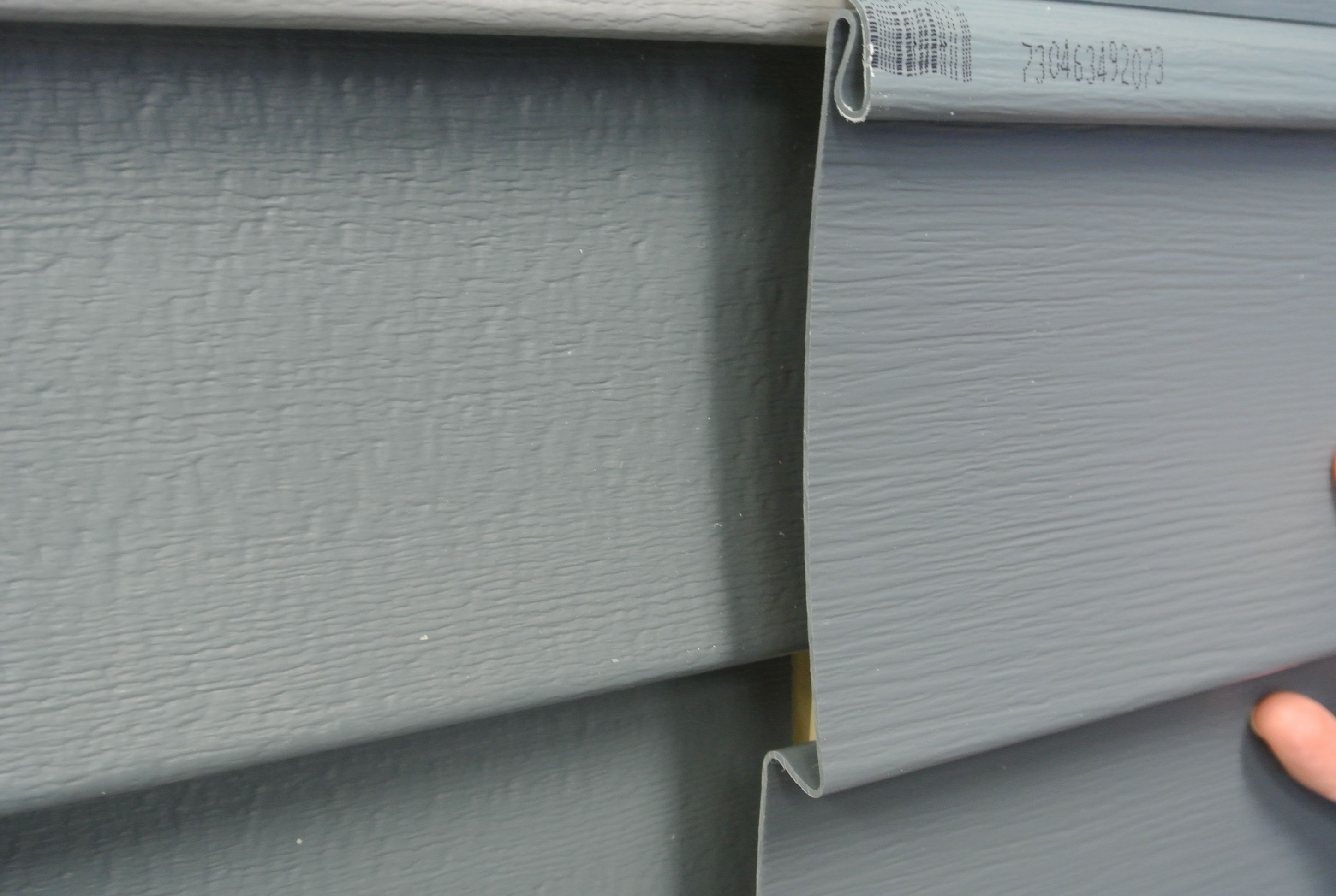 Pacific Blue Vinyl Siding By Certainteed The Style On The Left Is Monogram And On The Right Is Restoration Classic T Blue Vinyl Siding Vinyl Siding Blue Vinyl