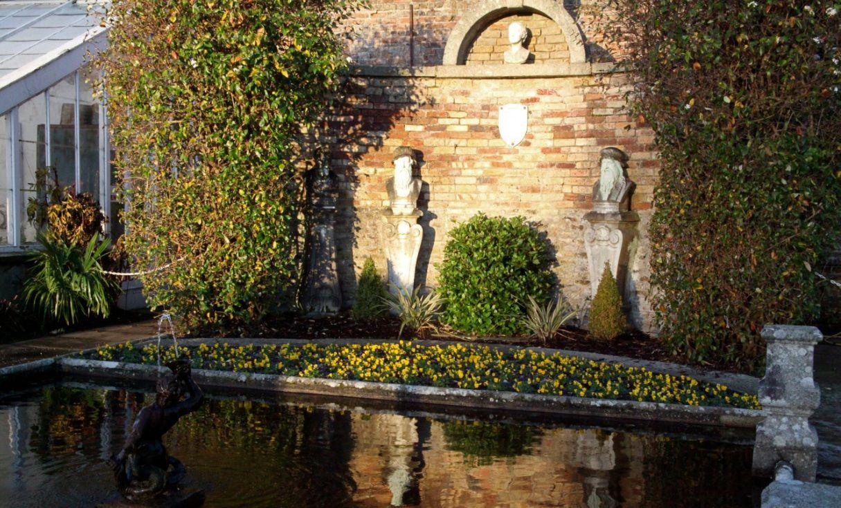 Julia\'s Memorial, Walled Garden at Powerscourt Gardens, Ireland ...