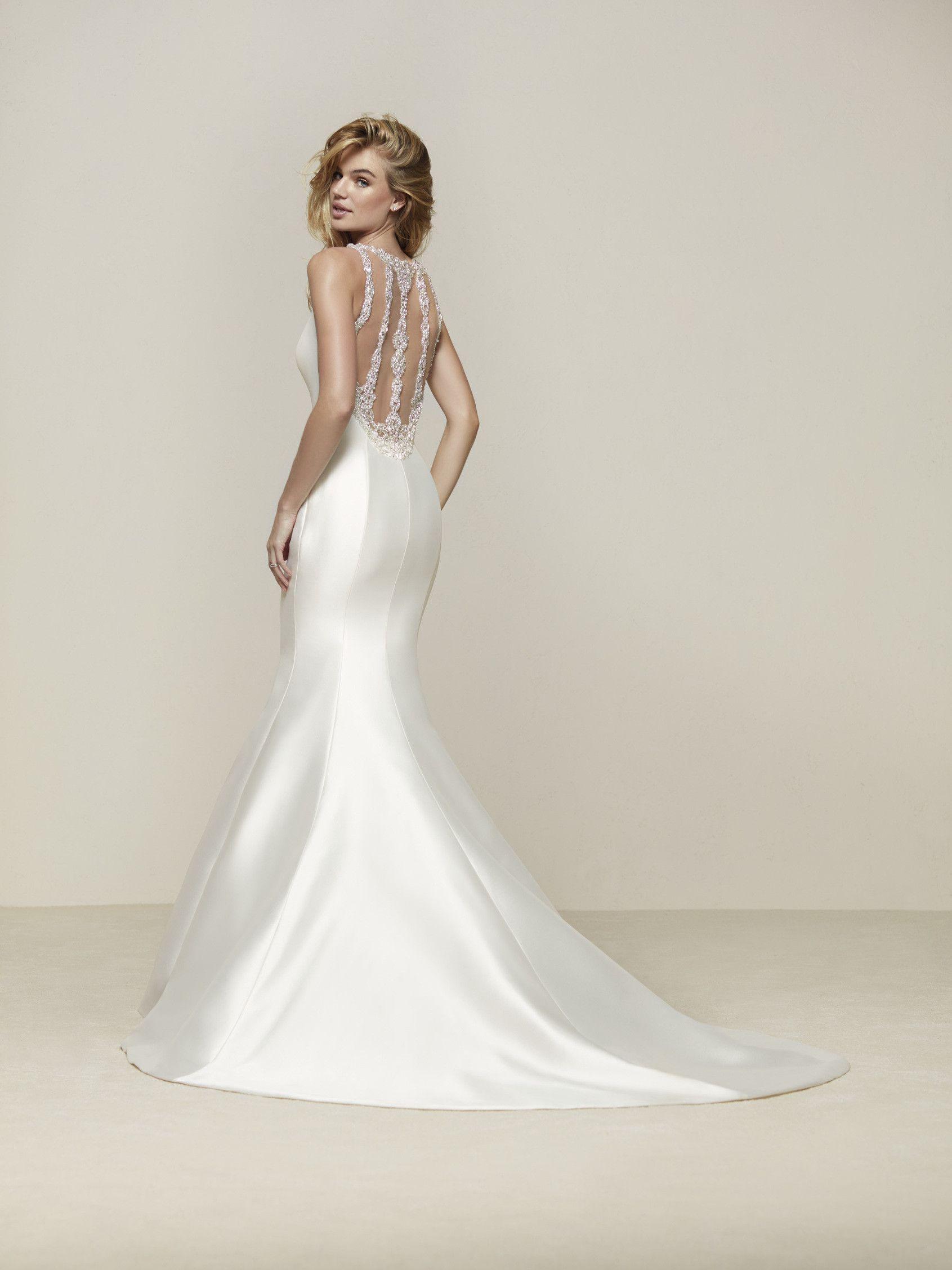 7fcdd88ec9 Vestido de novia ceñido al cuerpo
