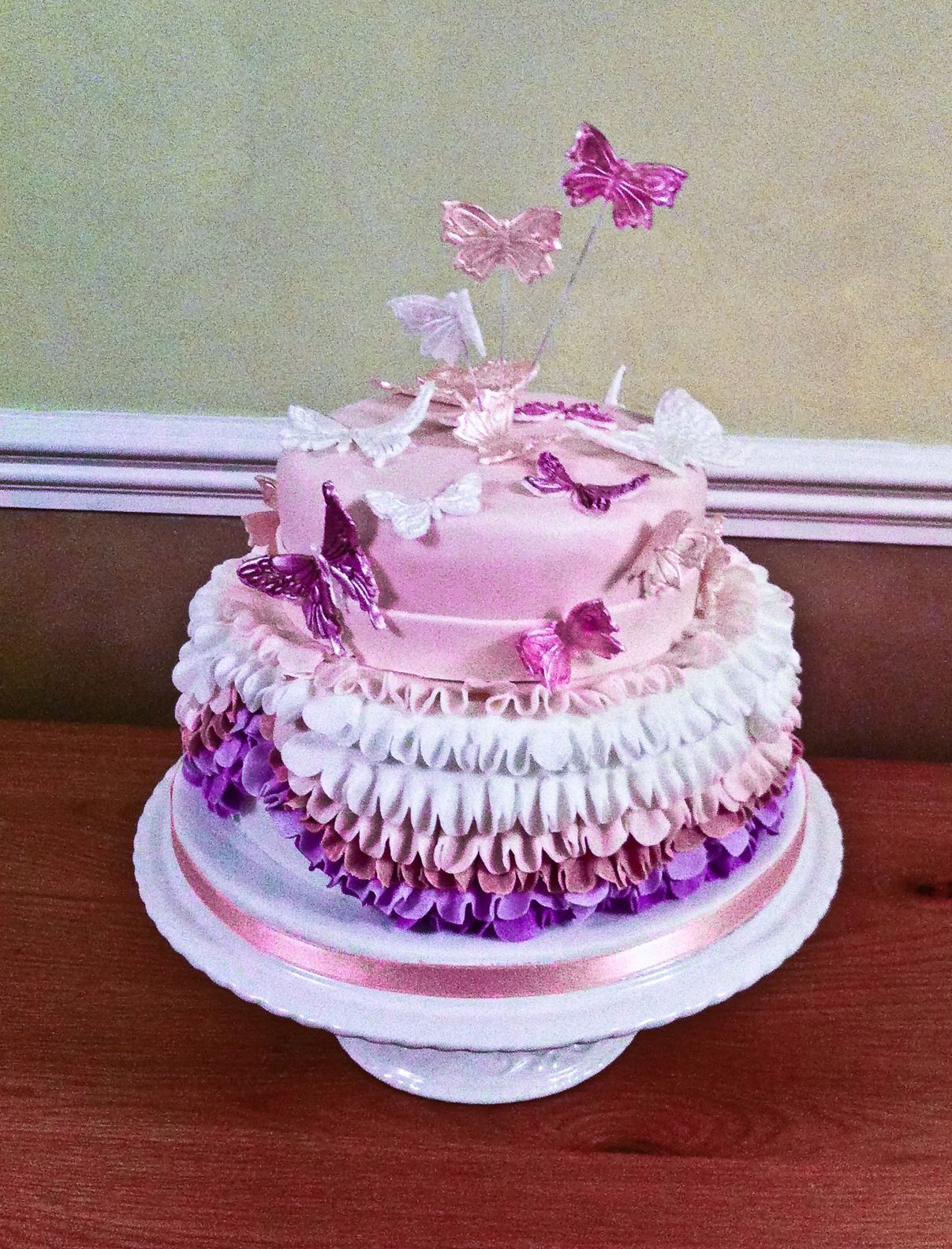 Two Tier Ruffle Butterfly Cake Cakes By Design Pinterest