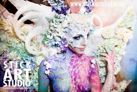 realizado por Alejandra Ortiz, maestra de Stick Art Studio, escuela de maquillaje artístico y profesional.  Barcelona, España.