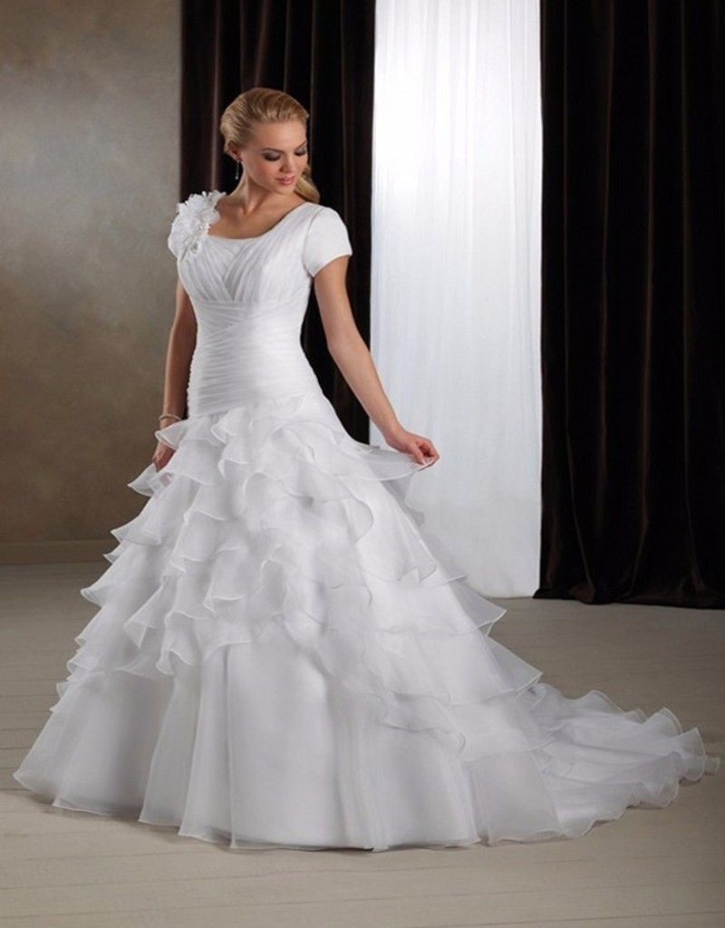 Click to buy ucuc ruffles long wedding dresses new sexy scoop