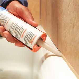 Bathtub Caulking Tips With Images Caulking Tips Bathroom Repair Bathtub Caulking