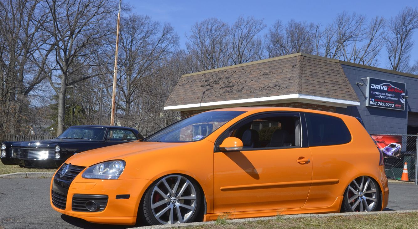 the #fahrenheit edition #vw #gti all done on #airliftperformance kit ...