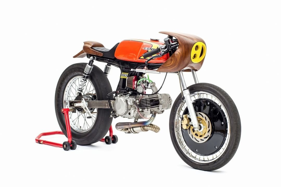 honda ss50 cafe racer moped by george woodman photo by. Black Bedroom Furniture Sets. Home Design Ideas