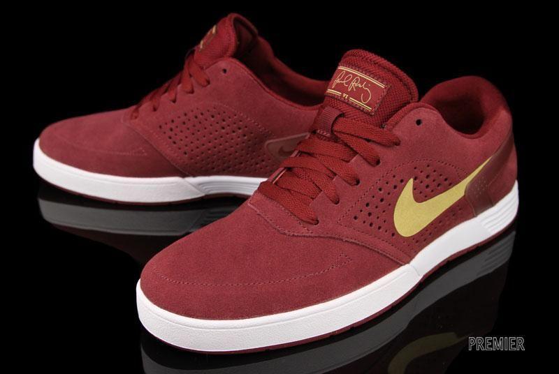Premier / Footwear   Sneakers nike