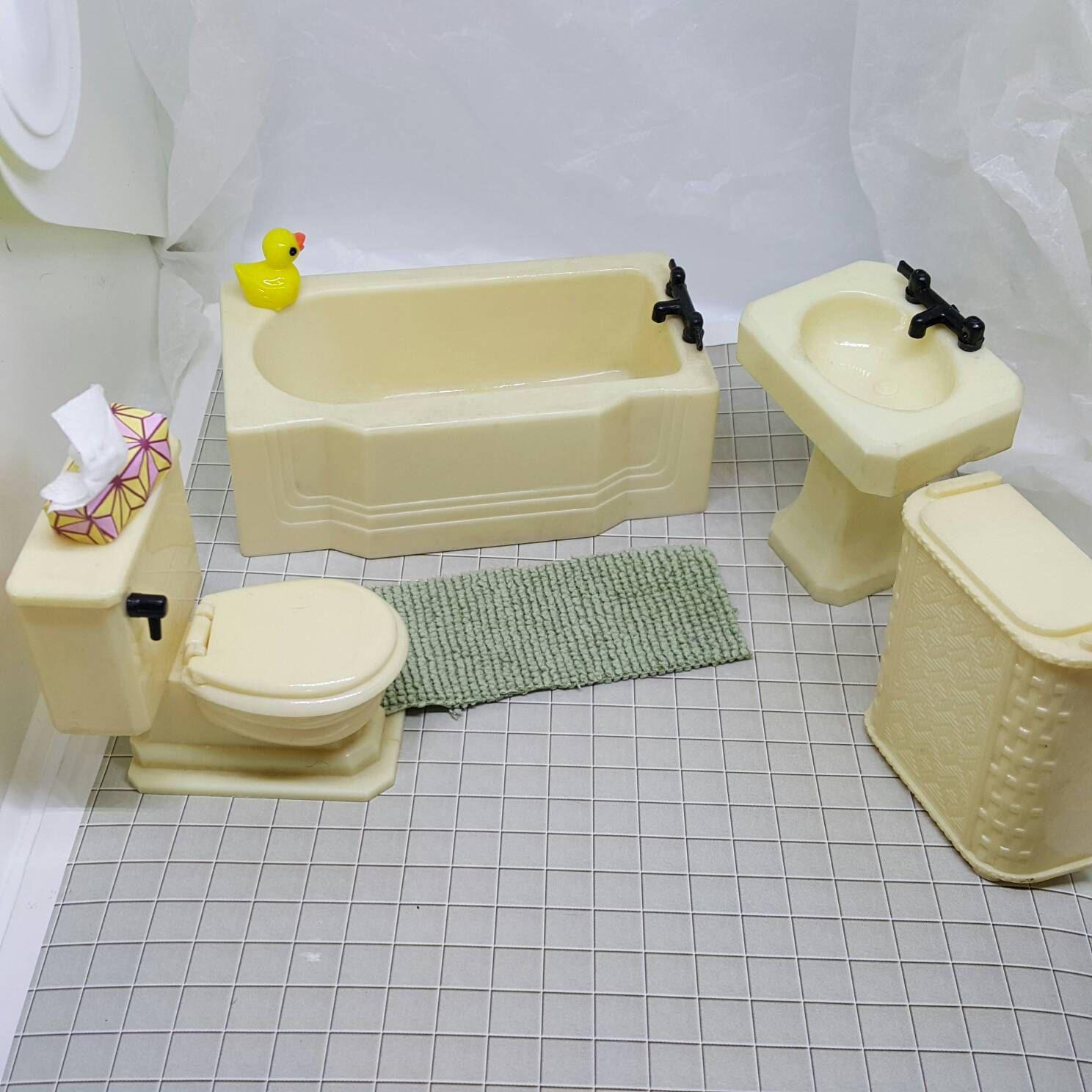 Renwal Sink Tub Hamper and Toilet Doll House Toy Bathroom Hard ...