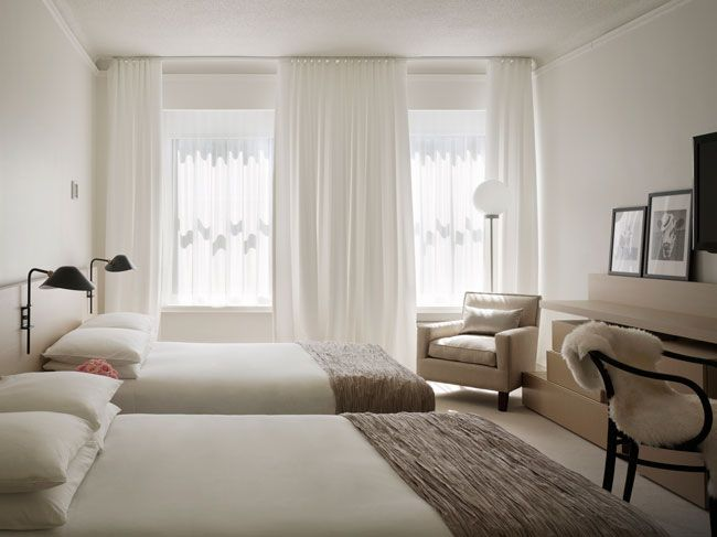 Calm and relaxing bedroom ian schrager hotel with pump for Hotel decor chicago