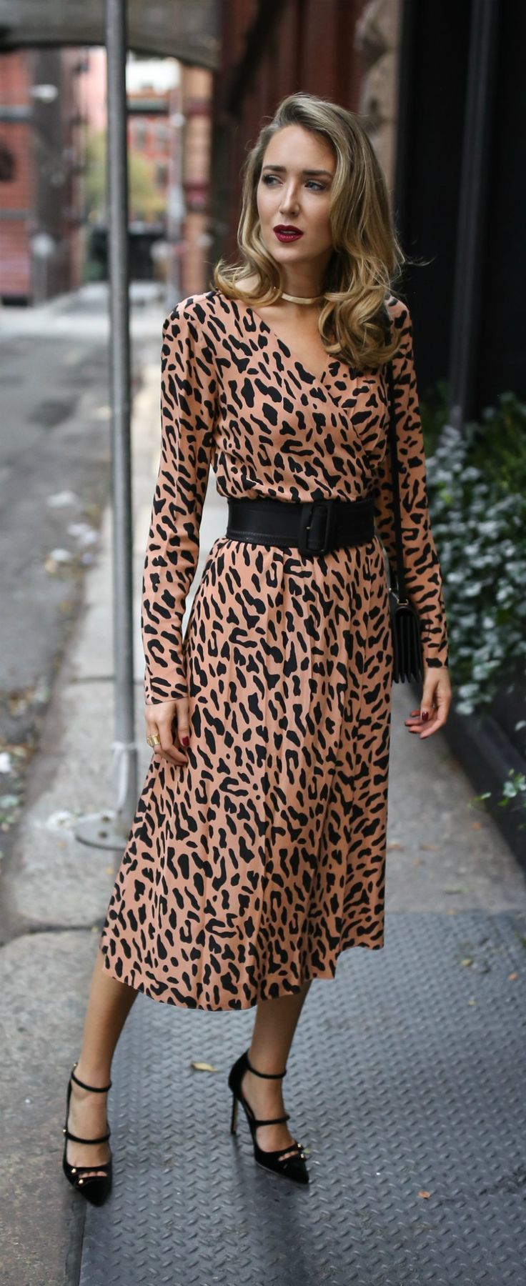 dresses in days dinner party long sleeve leopard print