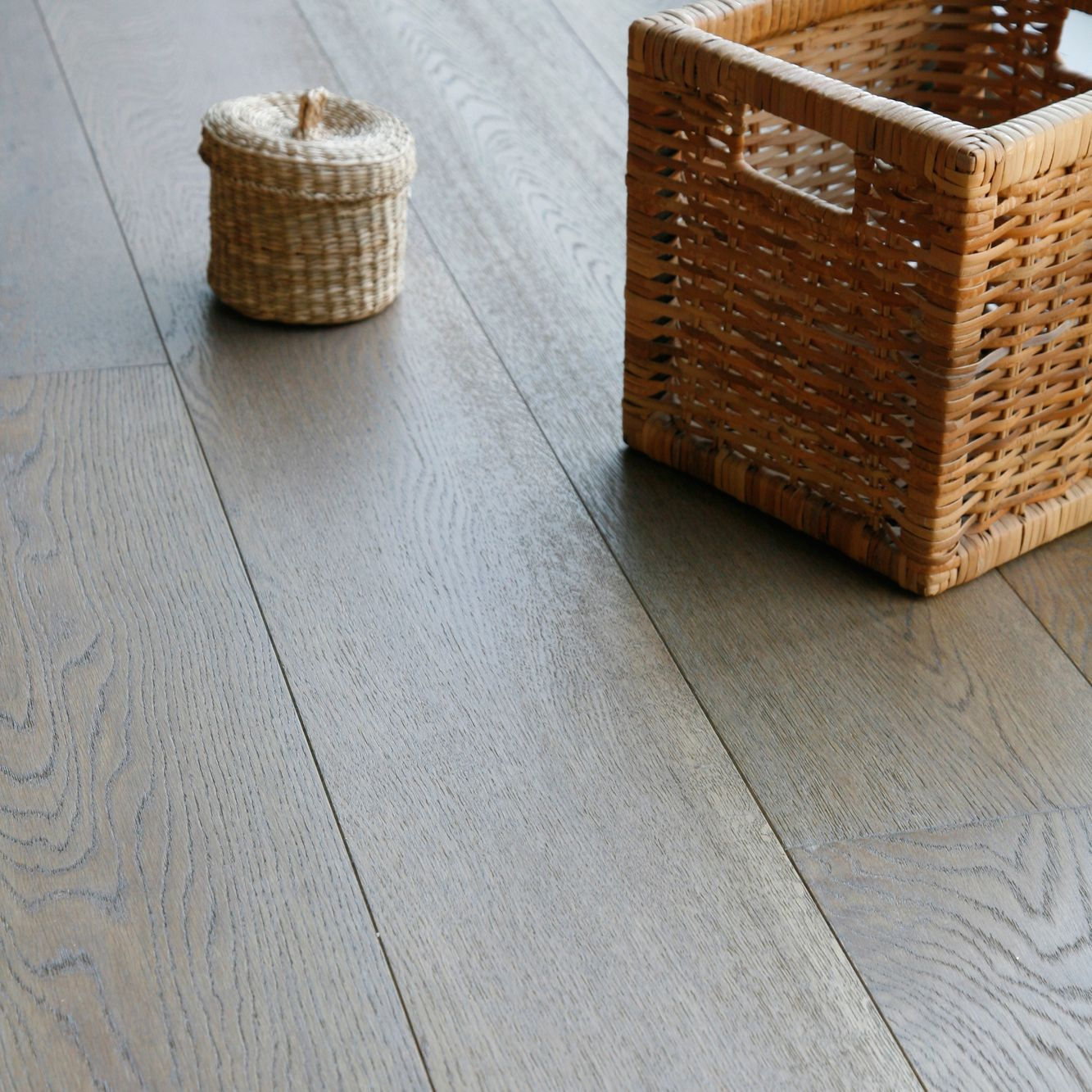 Colours Jazzy Dove Grey Oak Real Wood Top Layer Flooring 2.08m² Pack ...