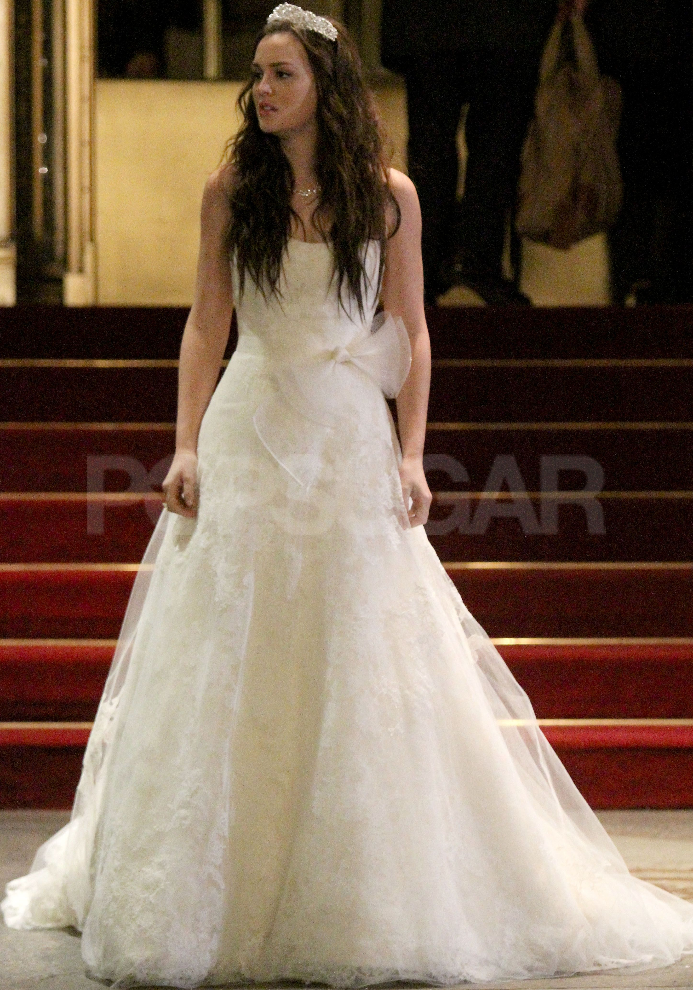 See Leighton Meester In Blair Waldorf S Wedding Dress For Gossip Girl Wedding Dresses For Girls Wedding Dresses Gossip Girl Wedding