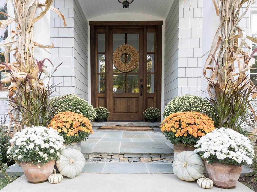 Imaginative Fall Porch Decorating Ideas to Make Yours Unforgettable #fallfrontporchdecor