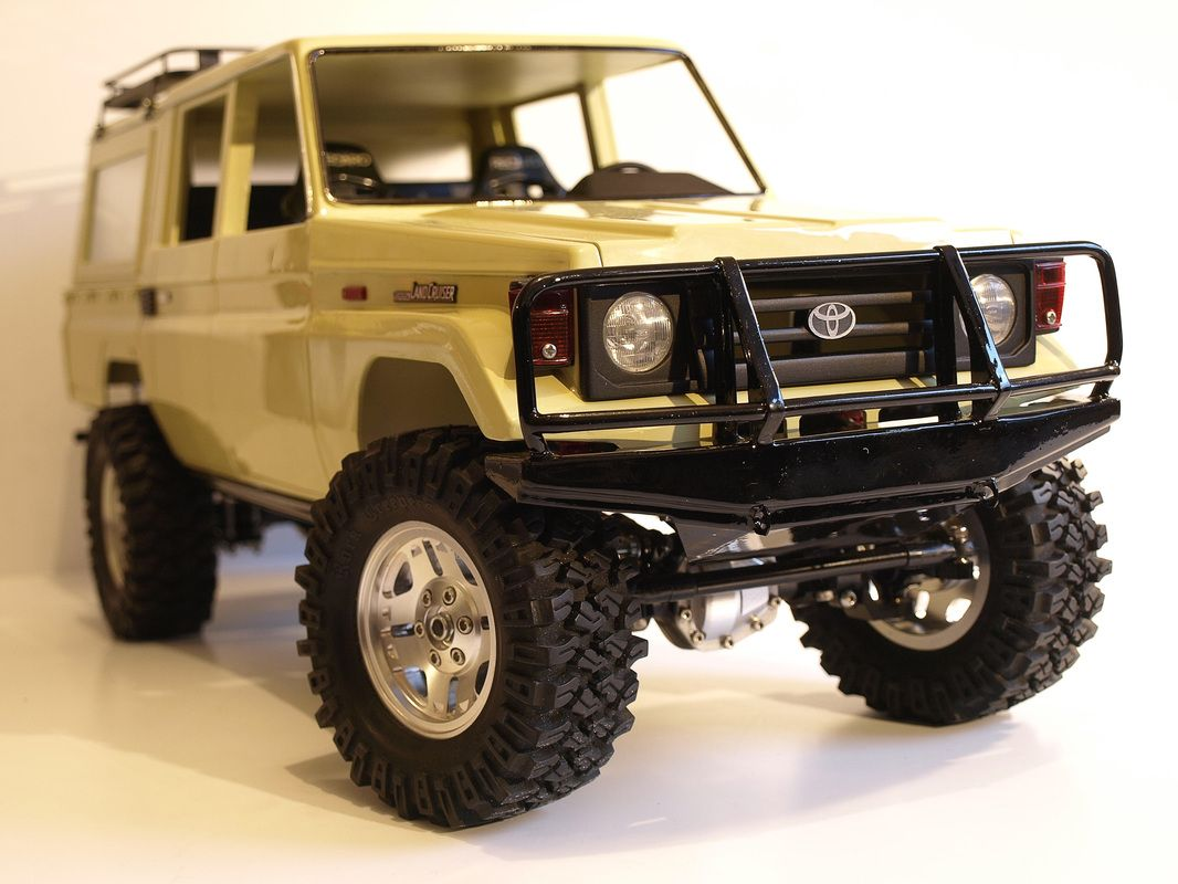 toyota land cruiser 70 double cab rc truck inspirations. Black Bedroom Furniture Sets. Home Design Ideas