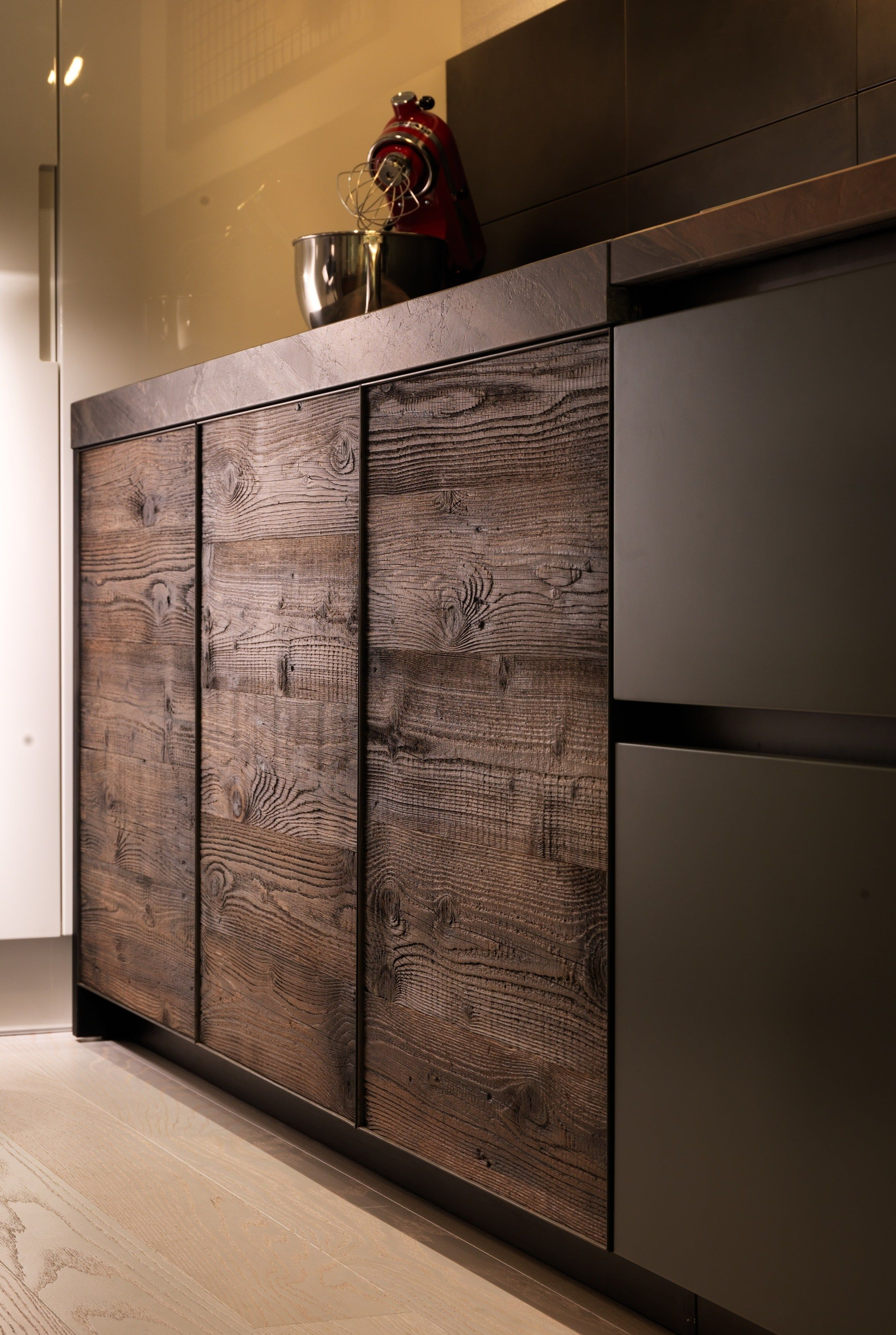 Kitchen with peninsula FACTORY - Aster Cucine #wood | Awesome ...