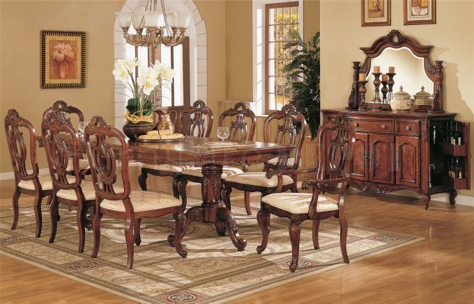 Light Golden Cherry Finish Queen Anne Style Formal Dining Room