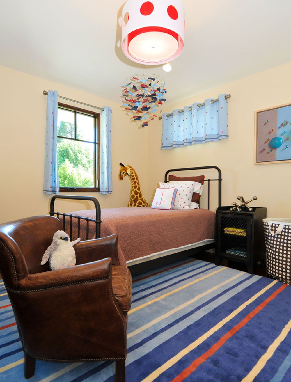 Beautiful Cool And Cozy Boys Room Paint Ideas16