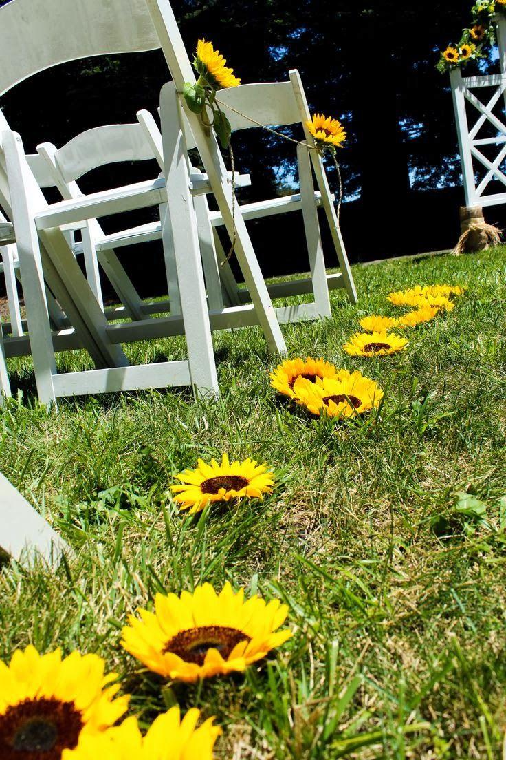 Outdoor garden wedding decoration ideas  Wedding Stuff Ideas Sunflower Wedding Theme  Wedding  Pinterest