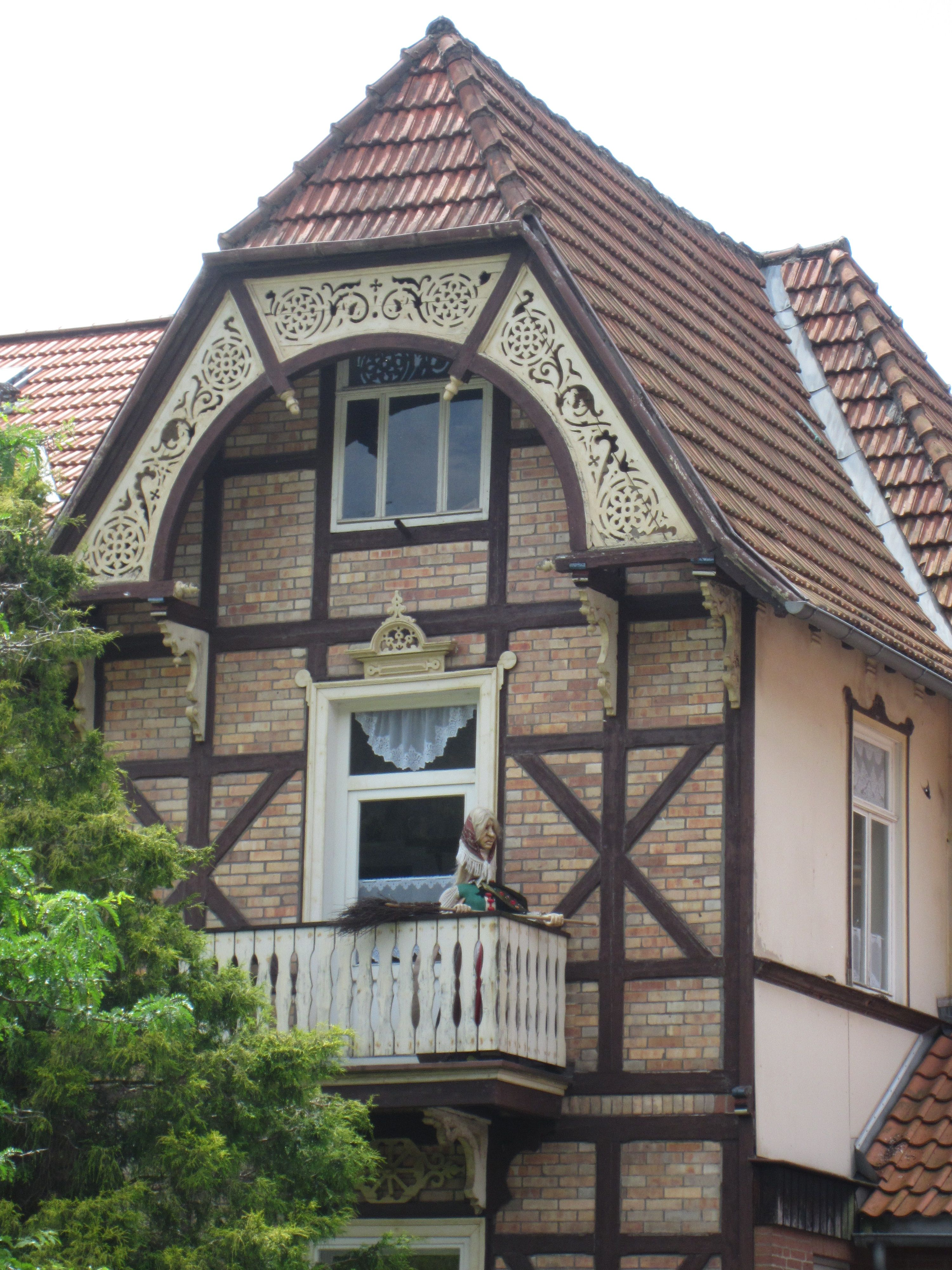 German House Designs: Haus-in-bad-sachsa-with-brocken-witch-on-balcony.jpg 3,000