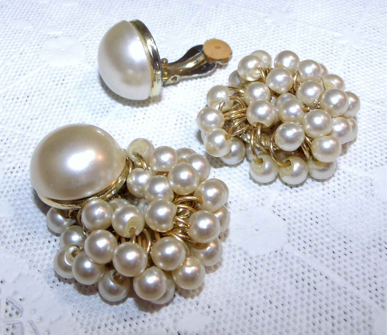 string of mini faux pearls earrings Save 15/% Vtg white earrings clip-on earring wedding  jewelry formal vtg earrings pearl cluster