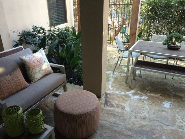 Pin By Evan Beskin On Lanai Porches Patios Whatevers Modern Outdoor Furniture Modern Outdoor Sofas Outdoor Dining Furniture