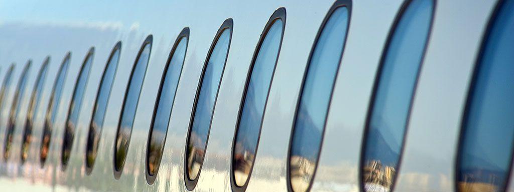 OJO SECO: aire aviones en cabina, su humedad está entre 5-10%, menos que el del desierto del Sahara. http://ow.ly/9iiU100gkeT #opticaalomar