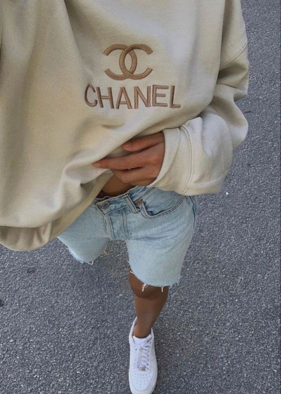 Chanel Sweatshirt Outfit