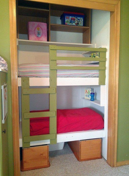 Small Kids Room Strategy Toddler Size Bunk Loft Beds Bunkbeds
