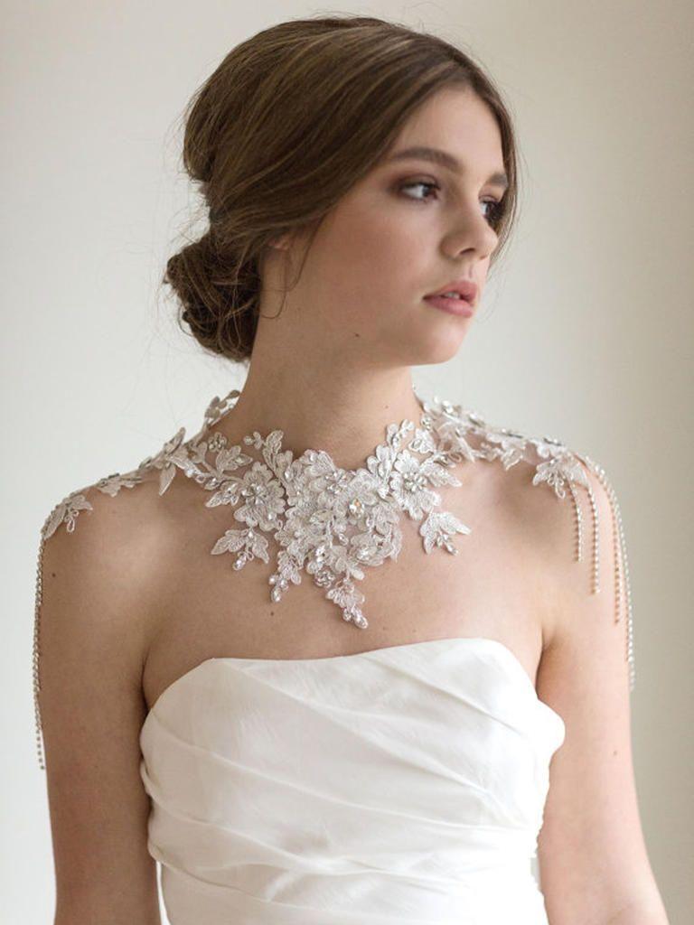 Sin duda ideal para novia collar de perlas de hombro fcil resultado de imagen de strapless wedding dress with shoulders necklace ombrellifo Images