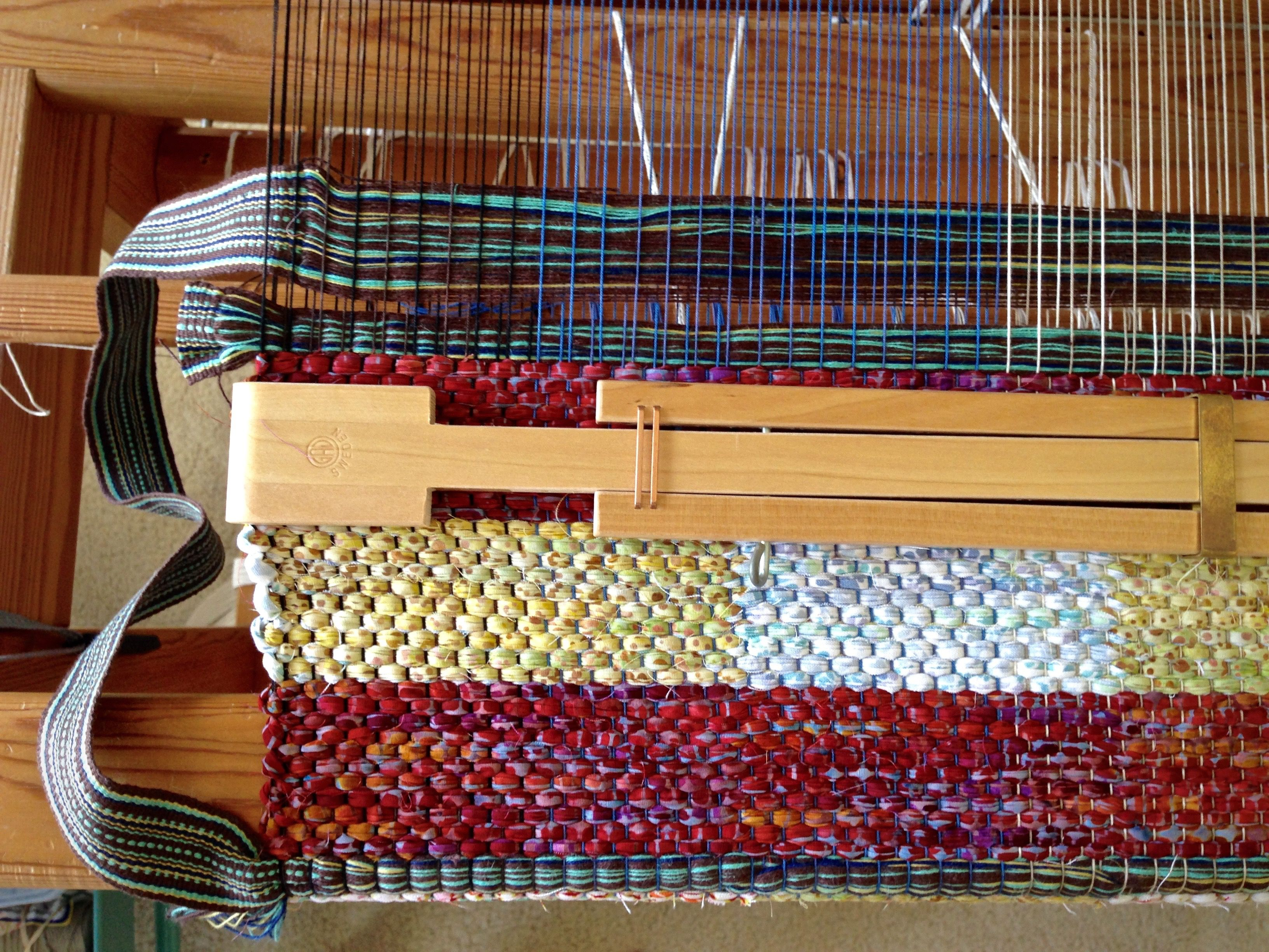 How To Insert Bag Handles Into The Weaving Weaving Tissage Laine Tissu