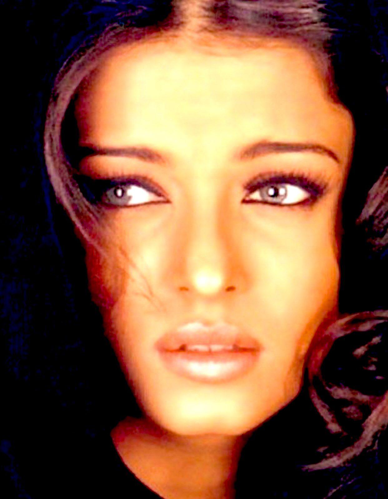 On Twitter Asian Beauty Aishwarya Rai Beauty