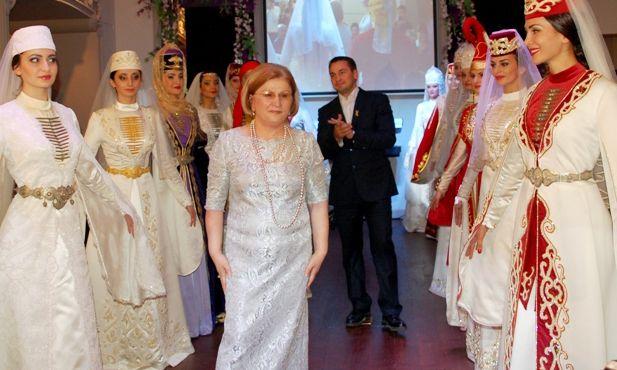 Como parte de las actividades que tuvieron lugar en Ereván, se realizó una exposición cultural de Osetia del Norte.