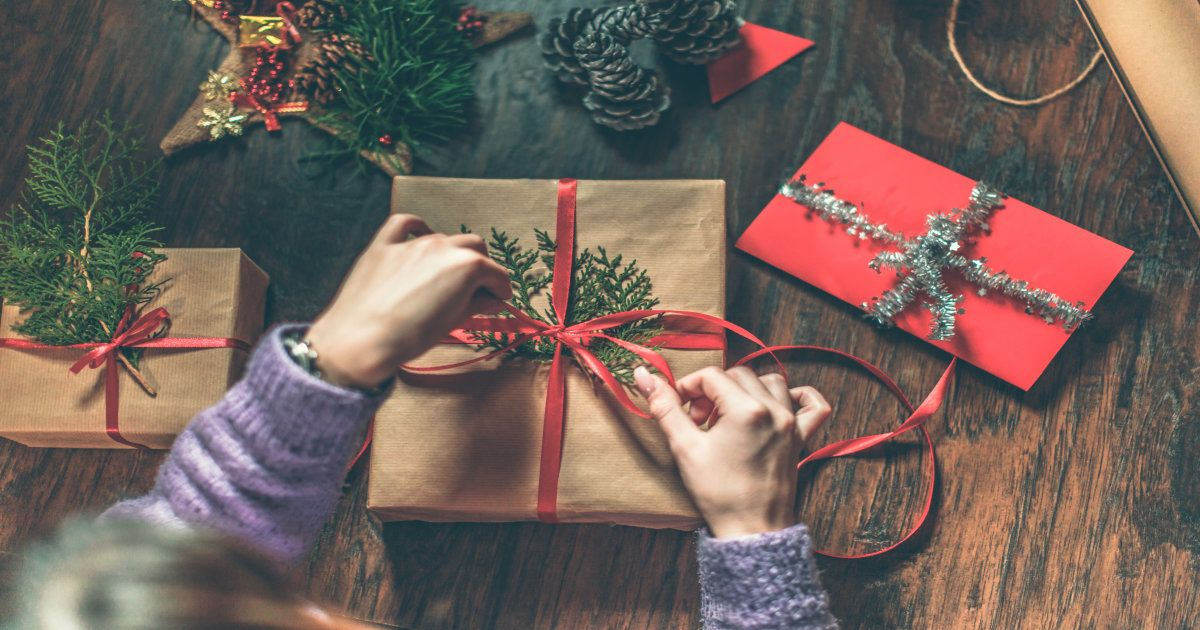 25 Cheap Christmas Gift Ideas That Are Still Extremely