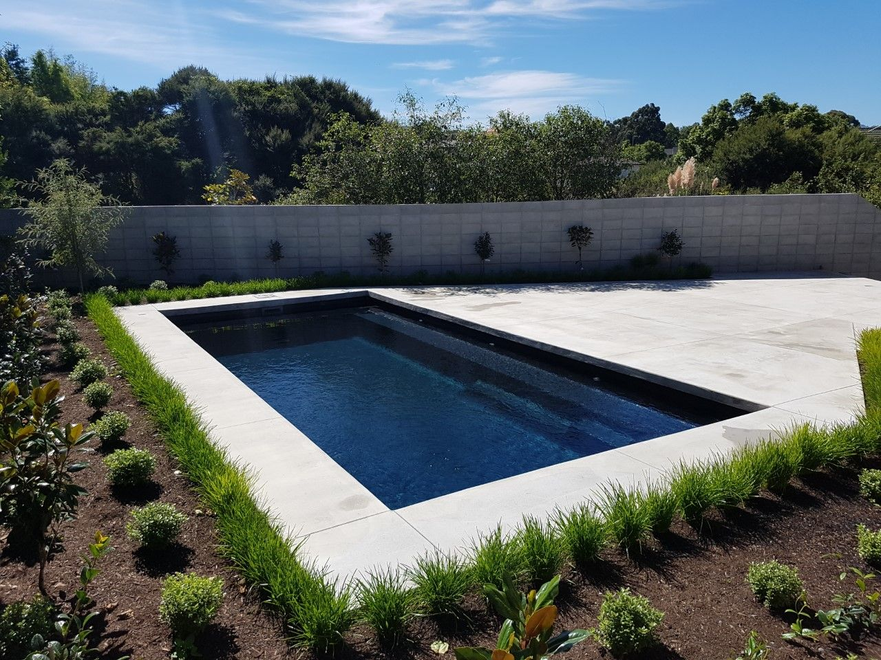 The Reflection in Ebony Blue by Leisure Pools | Swimming Pools ...