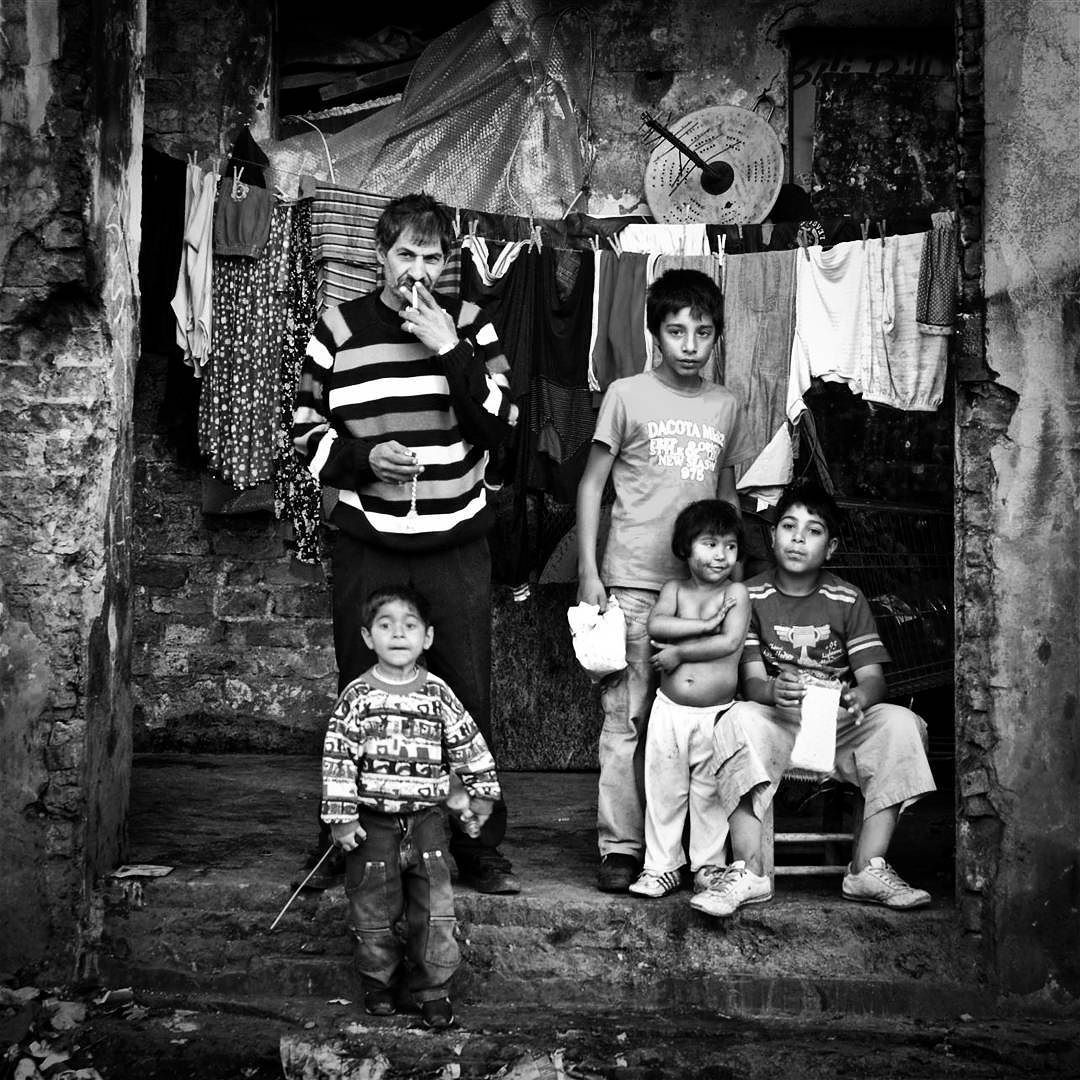 Gypsy Family #fotoistanbul2015 @fotoistanbultr #documentaryphotography