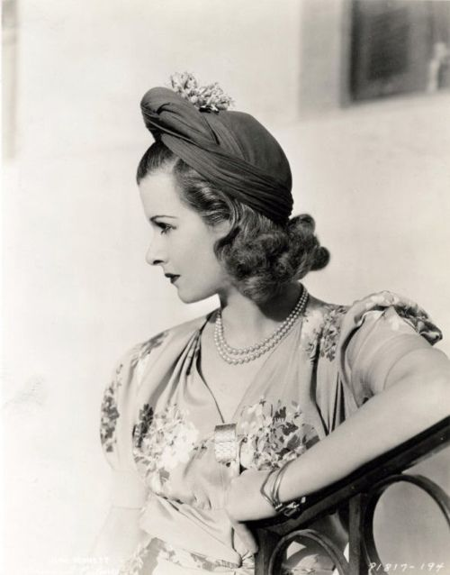 Joan Bennett 1938. Find authentic period hats at the Mobile Millilnery Museum. www.thehatmuseum.org, www.mobilemilline...