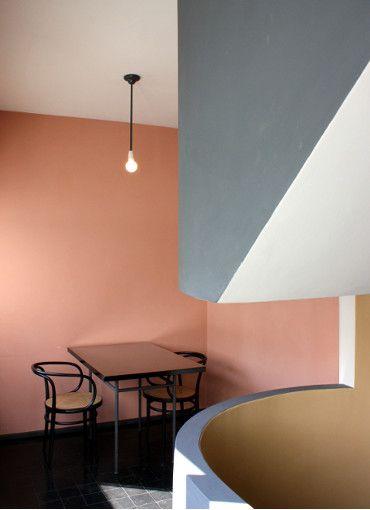 Le corbu doppelhaus weissenhofsiedlung stuttgart le corbusier le corbusier interior und - Bauhaus wandfarbe ...
