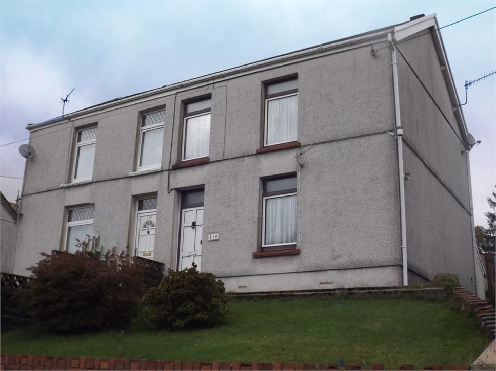 *** FOR SALE *** 3 Bedroom Semi-Detached House on Cwmphil Road, Lower Cwmtwrch, Swansea, Powys. Guide Price: £85,000. Details: http://www.expressestateagency.co.uk/property_listing/propertydetail/propertydetail.ui.php?pid=3631638