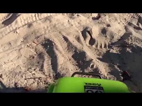 SCX10 G6 random crawling YouTube