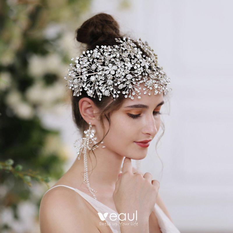 Eleganckie Srebrny Stop Bizuteria Slubna 2021 Ozdoby Do Wlosow Kutas Kolczyki Rhinestone Kwiat Slub Akcesoria In 2021 Hair Accessories Tiara Rhinestone Bridal Bridal Accessories