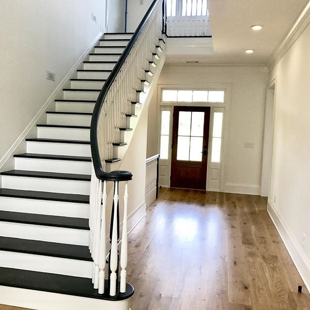 Best Dark Stair Treads With Lighter Stained Floors Stairs 640 x 480