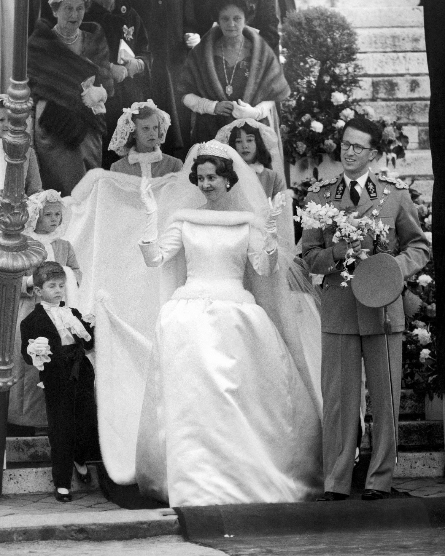 The 19 Best Royal Wedding Dresses Of All Time Royal Wedding Dress Royal Brides Wedding Dresses [ 1876 x 1500 Pixel ]