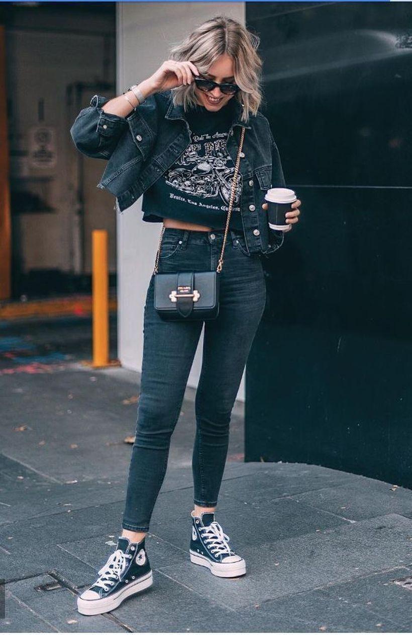 Pin di Sara Cottino su vestiti nel 2020 | Vestiti, Moda e
